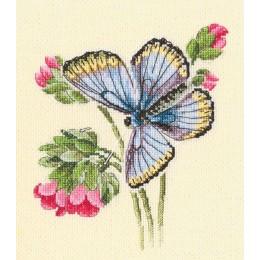 Набор для вышивки крестом - RTO - Бабочка села на нежный цветок М749