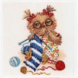 За вязанием - Алисена - набор вышивки крестом