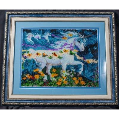 Вышитая картина бисером Единорог