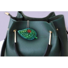 Набор для вышивки бисером - Абрис Арт - Маленькая гостья (украшение)