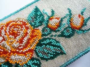 фото: набор для вышивки бисером